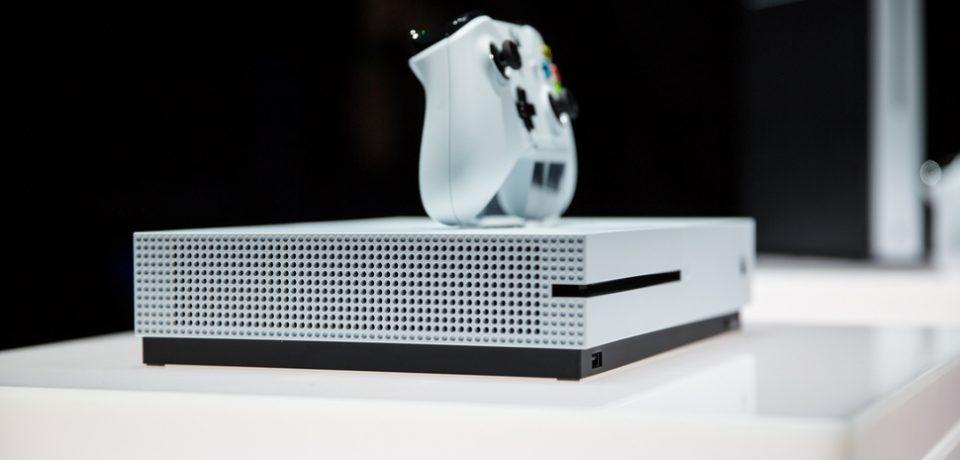 مایکروسافت قیمت Xbox One را به ۲۴۹$ کاهش داد!