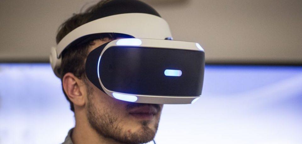 هدست پلی استیشن VR با اکس باکس وان هم سازگار است!