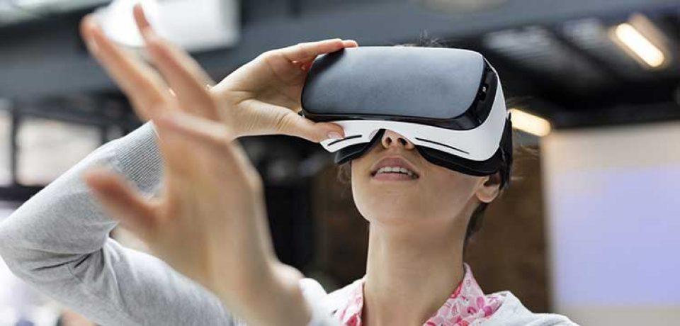 به زودی توسط واقعیت مجازی، باید مهارت هایی که در رزومه نوشته اید را اثبات کنید!