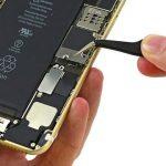 اپل علت خالی شدن ناگهانی شارژ آیفون های ۶ اس را اعلام کرد
