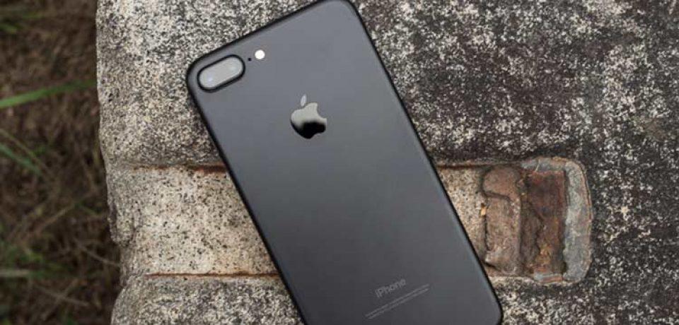 شارژ Wireless آیفون ۸ به احتمال زیاد برایتان هزینه اضافی در بر خواهد داشت