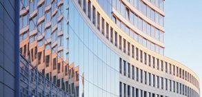 چگونگی نظافت ساختمان بلند