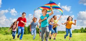 بازی و نقش آن در رشد کودکان