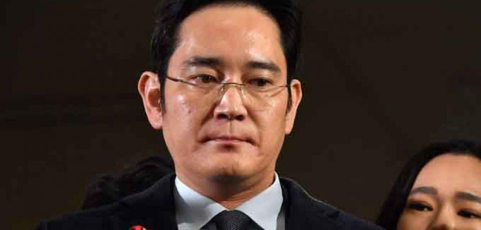 رهبر و نایب رئیس شرکت سامسونگ با حکم قضایی بازداشت شد !