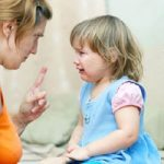 اثرات منفی کتک زدن کودک